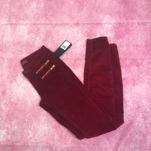 NWT Guess corduroy jeans in deep red size 23